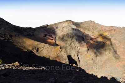 Schatten am Berghang