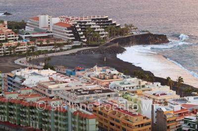 Küstenstadt Puerto Naos