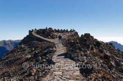 Steinweg auf einen Berg