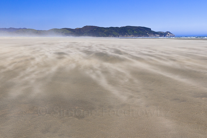 A-0126-farewell-spit-outer-beach-sand-wind