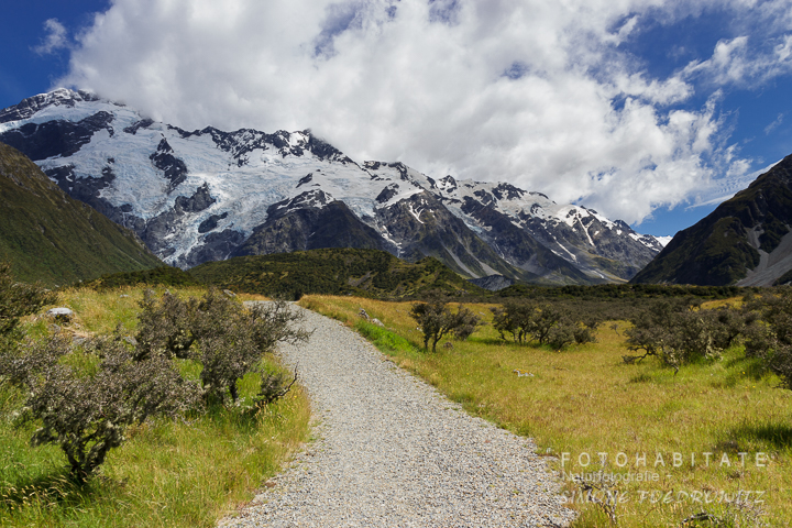 a-245-hooker-valley-track-new-zealand