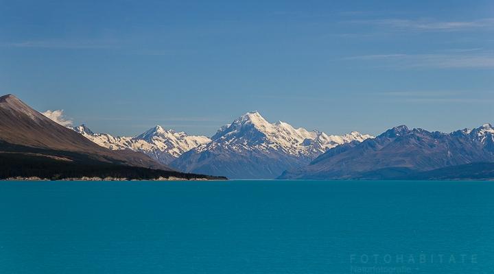 türkisblauer See vor Gletscher