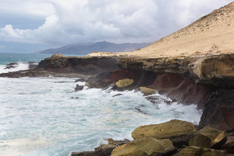 Kalksandstein an Küstenlinie