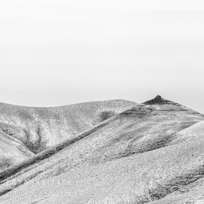 Gipfelspitze in schwarzweiß